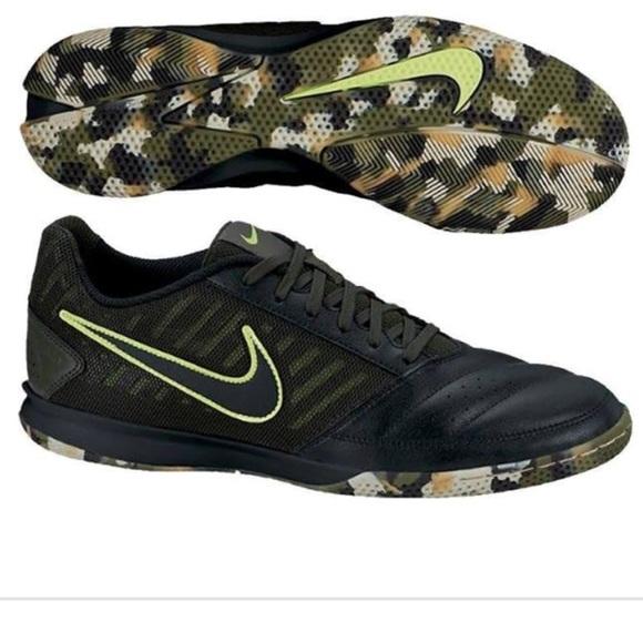 best website 56e25 f0b80 Nike Gato indoor soccer shoes, size 11.5. M 5a9d67d5a6e3ea4cb0a25bef
